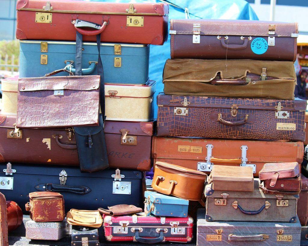 luggage-646311_1920