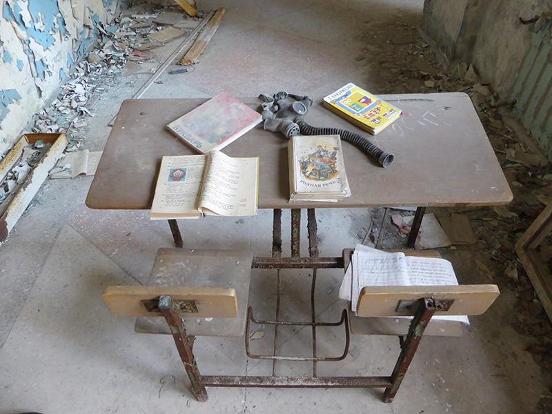 Colegio abandonado dos días después del desastre, Chernóbil
