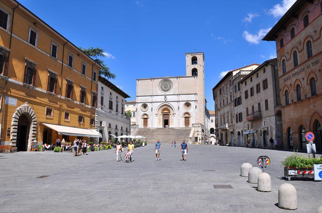 Umbría: Todi, Duomo dell'Annunziata
