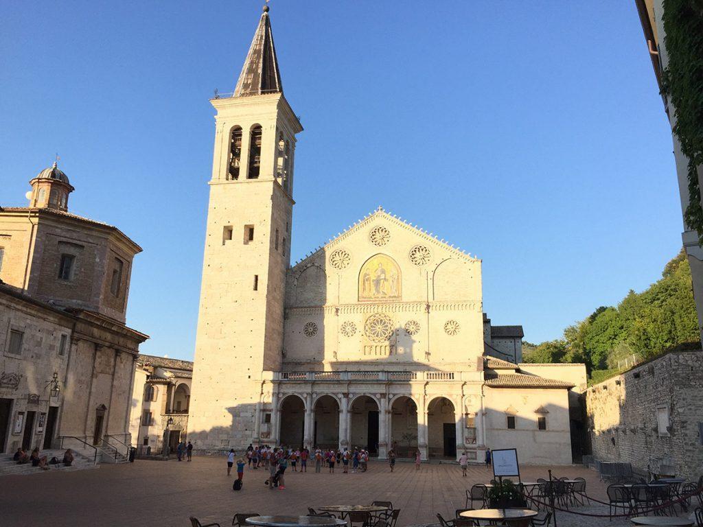 Umbría: Spoleto, Piazza del Duomo