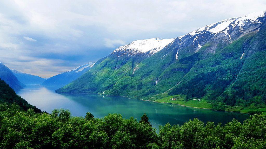 Panorámica del Fjaerlandsfjorden