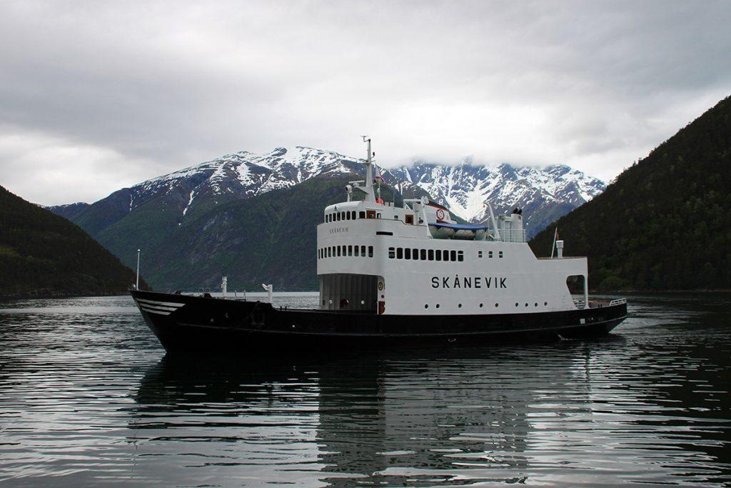 El ferry de Kaupanger a Gudvangen
