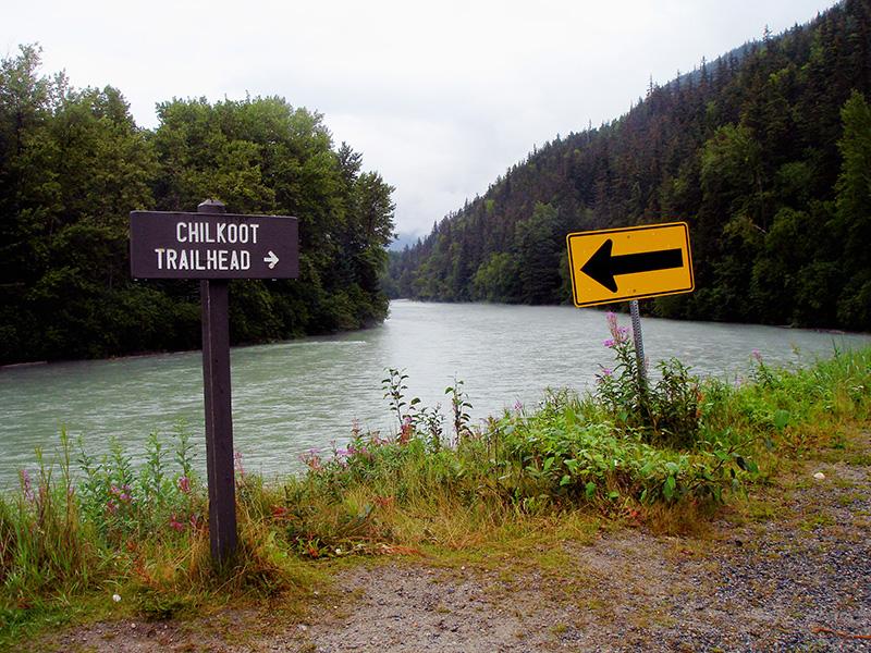 El camino del oro hacia el Klondike. Inicio del Chilkoot Trail. Alaska