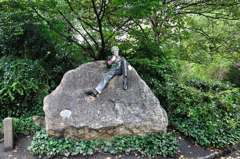 Estatua de Oscar Wilde en St Stephen's Green, Dublín