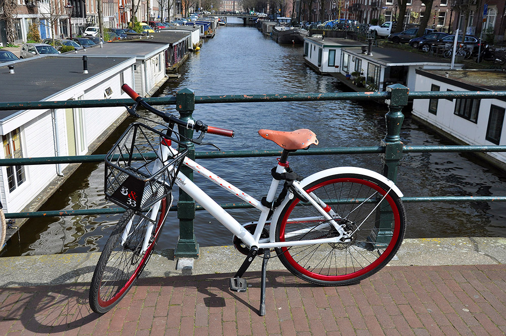 Amsterdam, La original bicicleta del Art'otel