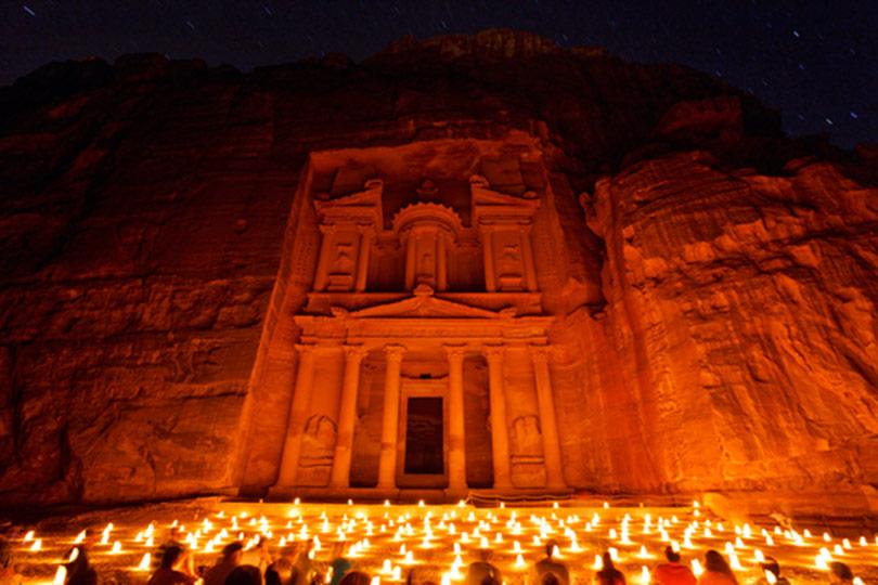 Petra by-night