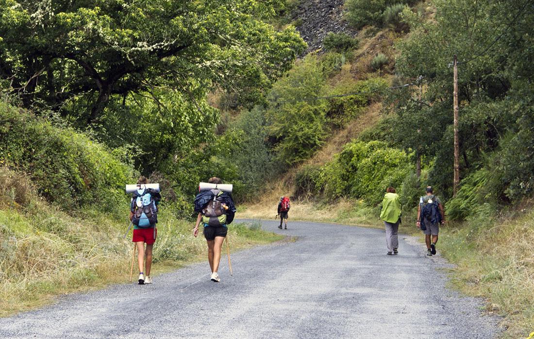 Camino de Santiago Francés. Peregrinos de camino a las Herrerías