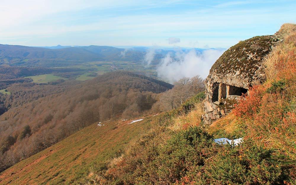 Turismo de Navarra. Bunker en el Pirineo navarro